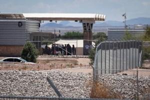 campamento de carpas, Refugio para niños migrantes en Tornillo, Texas